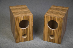Speaker box for Fostex FE126E pair, zebrano, Bass Reflex Type