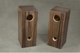 Speaker box for Fostex FE 206E Walnut  Bass Reflex Type Enclosure